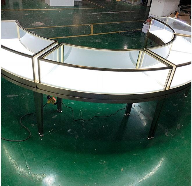 8MM超白玻璃高档弧形不锈钢珠宝展柜定制